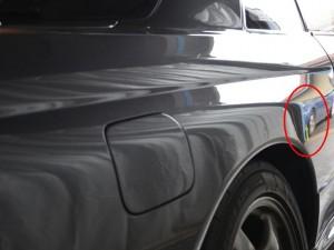 GT-R右リアフェンダーのデントリペア箇所