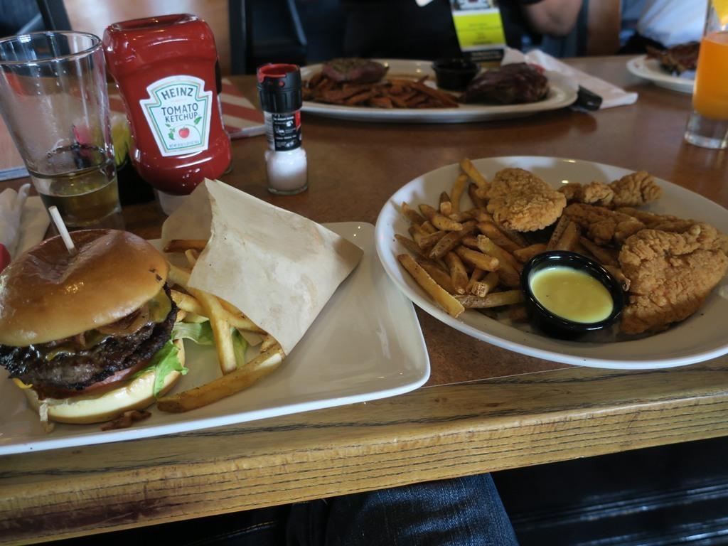 TGI Fridays ハンバーガー