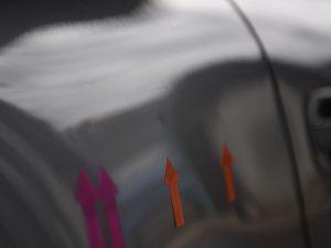 ポルシェ991 リアフェンダーのデントリペア前