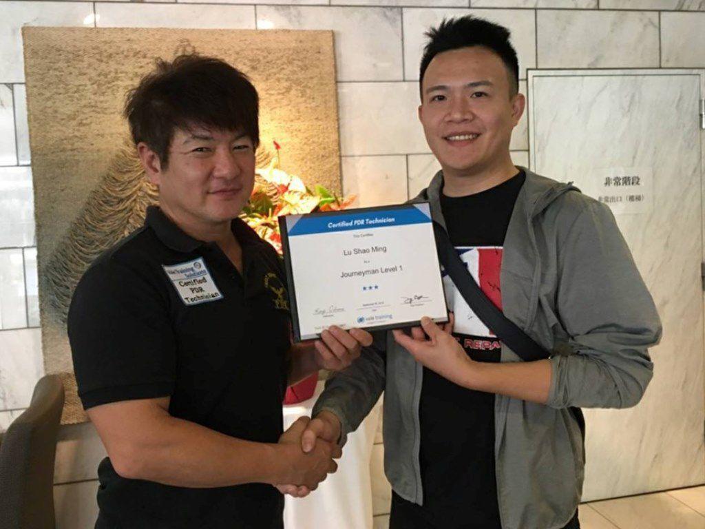 台湾の技術者Shaoさん デントリペア国際ライセンス認定