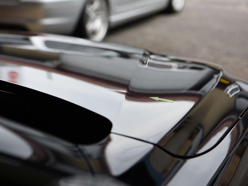 BMW420i ボンネットのデントリペア前