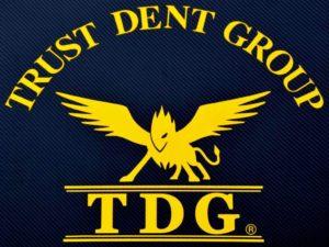 トラストデントグループ ロゴ